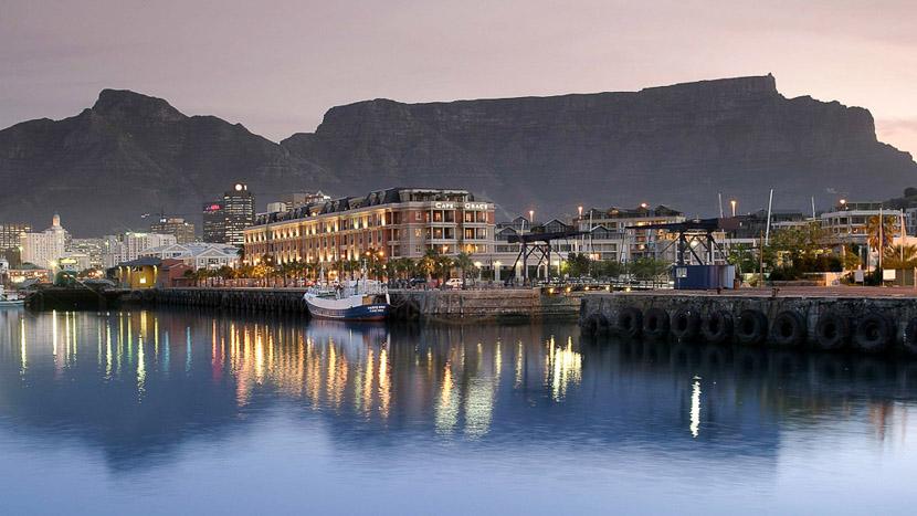 Parapente au dessus de Cape Town, Cape Grace Hotel à Cape Town, Afrique du Sud
