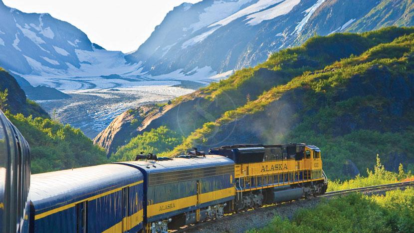 Trajet en train avec Alaska Railroad, Glacier Bartkett vu du train, Alaska
