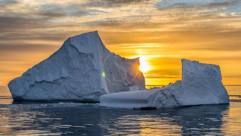 Croisière d'expédition, îles Falkland, Géorgie du sud et Antarctique jusqu'au cercle polaire , Péninsule, Antarctique © Shutterstock