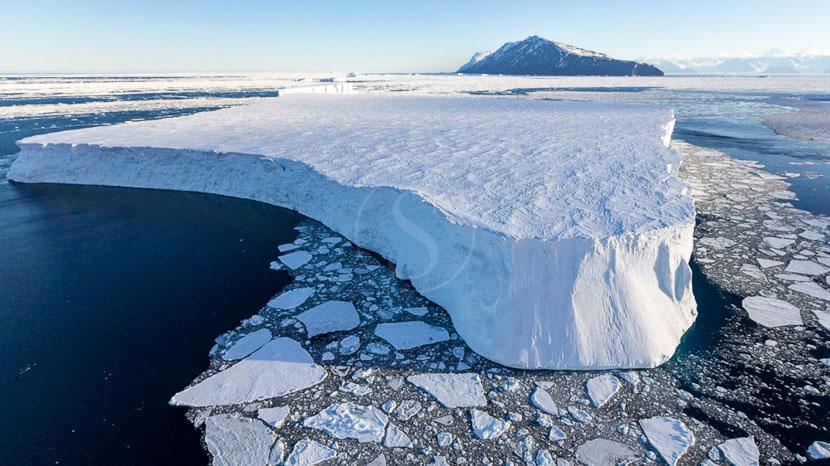 Des icebergs et glaciers version XXL, Mer de Ross, Antarctique © Oceanwide