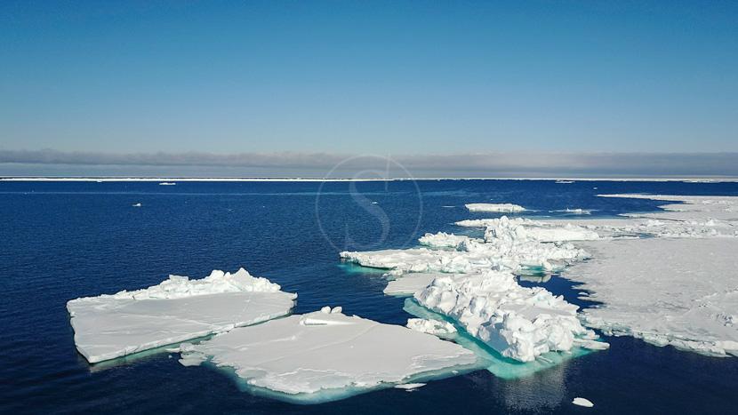 Le passage du Nord Ouest avec Ponant, Détroit de Lancaster, Mer de Baffin, Canada © Shutterstock