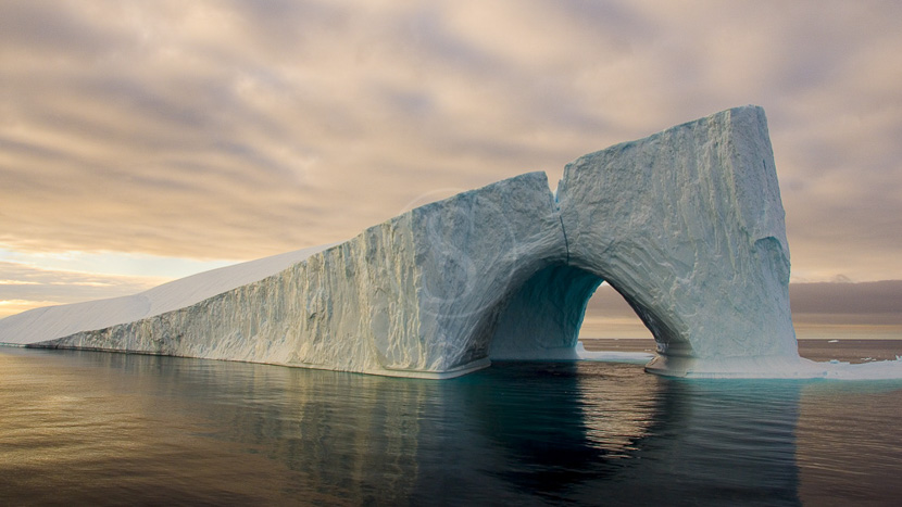 Croisière au coeur du passage du Nord-Ouest, Mer de Baffin, Canada © Shutterstock