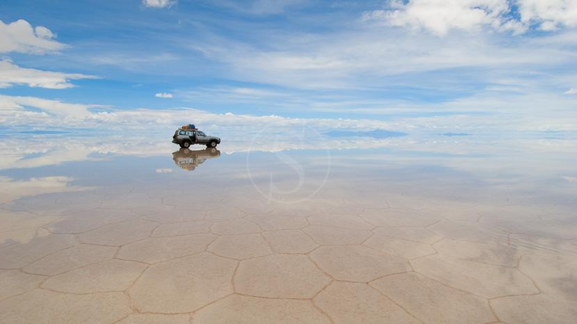 Safari 4x4 dans le salar d'Uyuni, Salar d'Uyuni, Bolivie