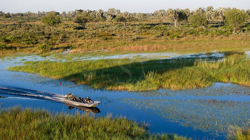 Croisière sur la Lagune de Zibadianja, Kwetsani Camp, Botswana © Wilderness Safaris