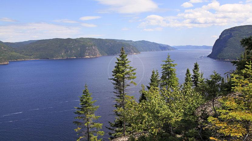Fjord-du-Saguenay et Lac Saint-Jean, Fjord Saguenay au Québec, Canada © Shutterstock