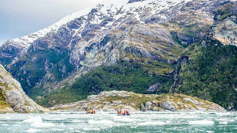 Croisière d'expédition en Patagonie à bord de l'Ultramarine, Glacier Garibald en Terre de Feu, Chili @ Shutterstock