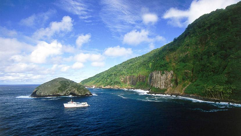 Coco Island, Cocos Island, Costa Rica © Edwar Herreño Undersea Hunter