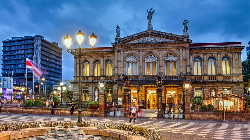 Les activités à San José, Théâtre National de San José, Costa Rica