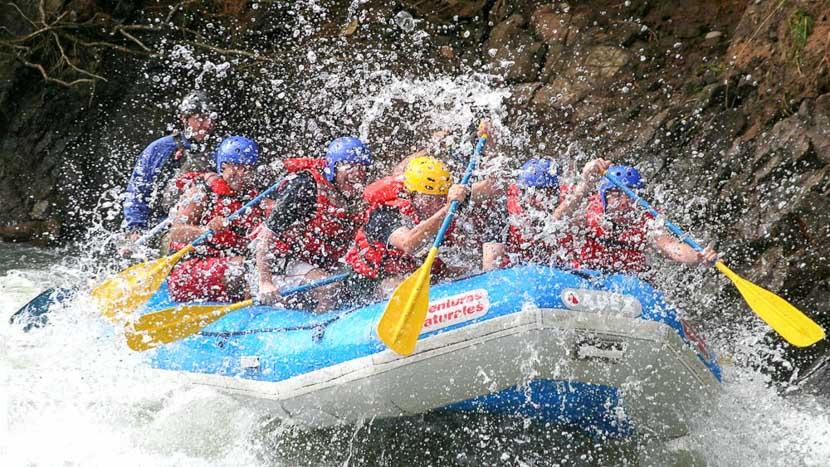 Rafting sur le Rio Sarapiqui, Rafting & Duckies à Pacuare, Costa Rica © Pacuare