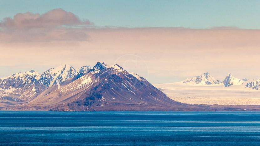 Le Svalbard Inexploré, Isfjorden, Archipel du Spitzberg © Shutterstock