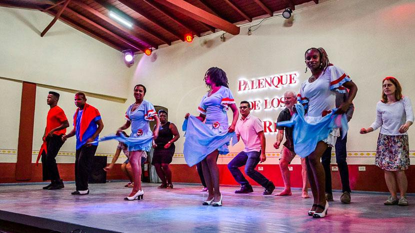 Percussions et salsa à Trinidad, Cours Salsa, Cuba