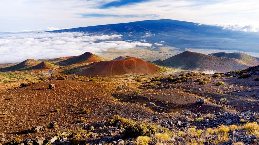 Le Parc National des volcans d'Hawaï, Volcan Mauna Loa, Hawai © Shutterstock