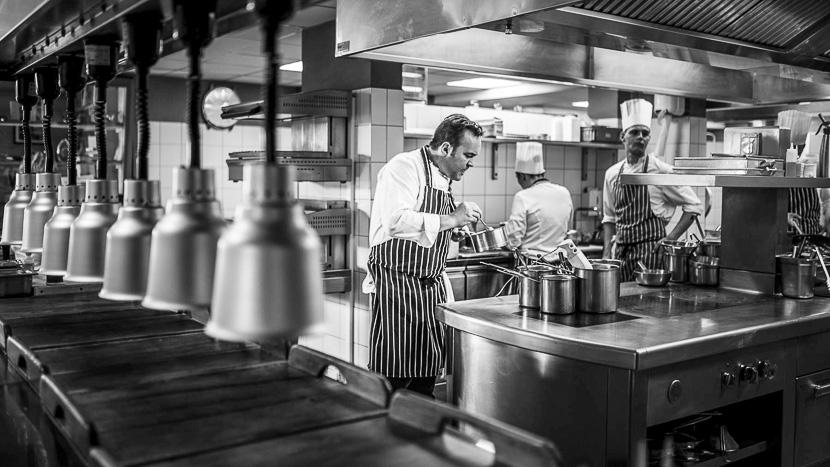 Dîner à la table du Chef Emmanuel Renaut, Flocons de sel Megève, France © Flocons de sel