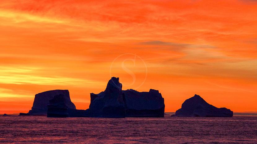 Le soleil de minuit, Croisière au Groenland © Quark Expeditions