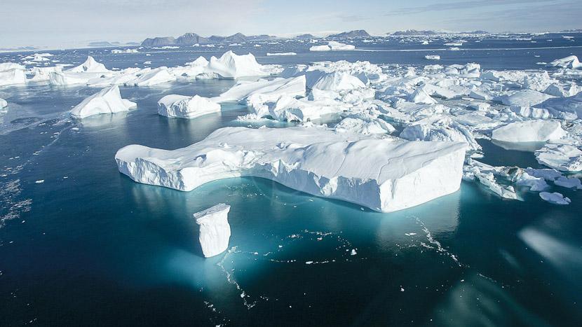Survoler en avion la plus grande île au monde, Croisière au Groenland © Quark Expeditions