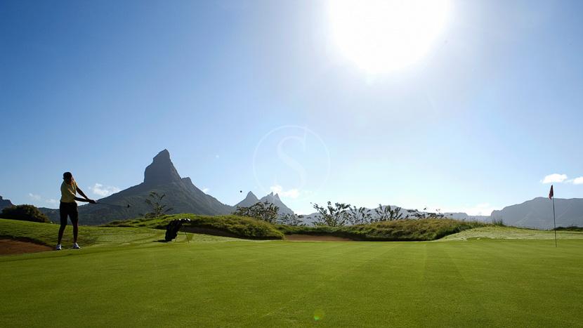 Jouer au golf à l'île Maurice, Ile Maurice, Océan Indien