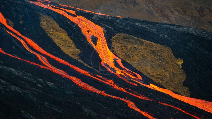 Éruptions et aurores boréales en Islande, Islande © Xavier Allard