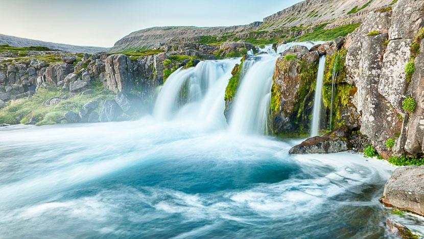 Les fjords de l'ouest, Dynjandi waterfalls, Islande © Sstok