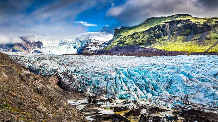 Grotte de glace à Vatnajökull, Vatnajokull, Islande © Sstock
