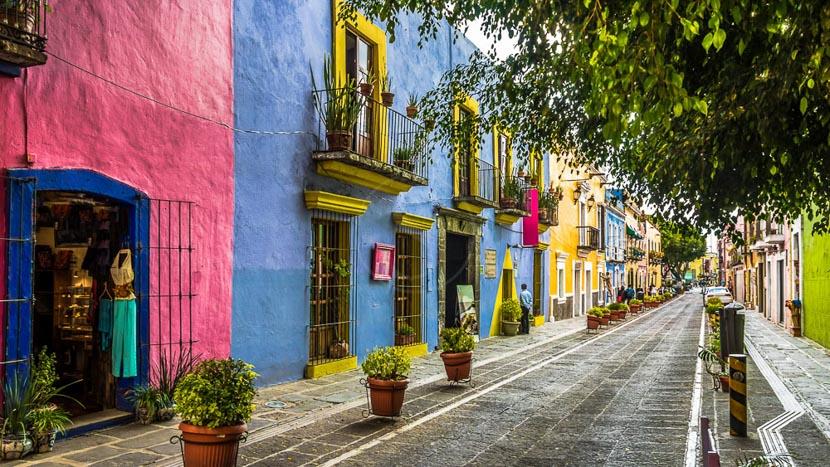 Les villes coloniales au patrimoine mondial, Callejon de los Sapo, Puebla, Mexique