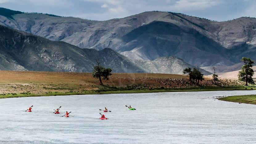 Kayak au Five Rivers Tour Camp, Kayak, Mongolie