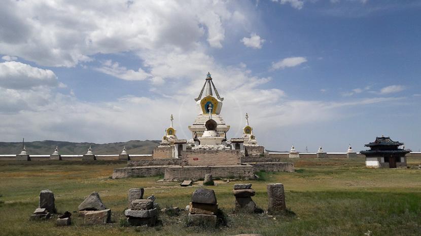 Visite du monastère bouddhiste d'Erdene Zuu, Monastère Erdene Zuu, Mongolie