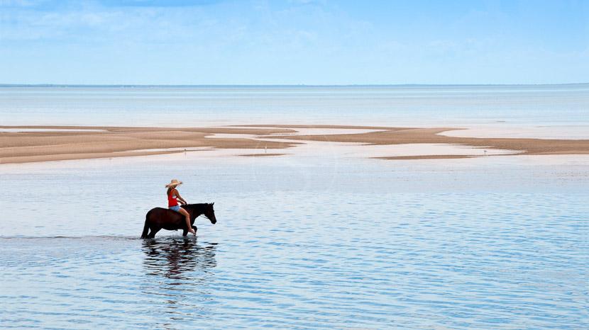 Équitation à Benguerra, Benguerra Lodge, Mozambique © &Beyond