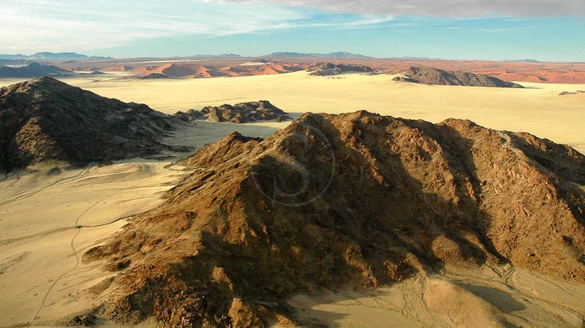 La Namibie vue du ciel, Dunes vers Sesriem, Namibie