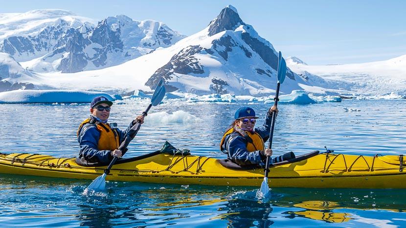 Kayak de mer, Excursion en kayak de mer © Quark Expeditions
