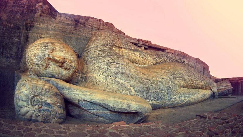 Triangle culturel, Bouddha à Polonnaruwa, Sri Lanka
