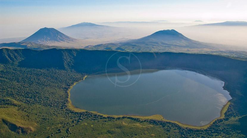 Exploration du cratère de l'Empakaai, Crater Empakai, Tanzanie © Asilia