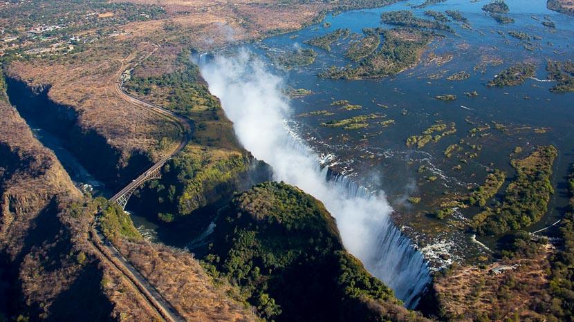 Survol des chutes Victoria en hélicoptère, Chutes Victoria, Zimbabwe