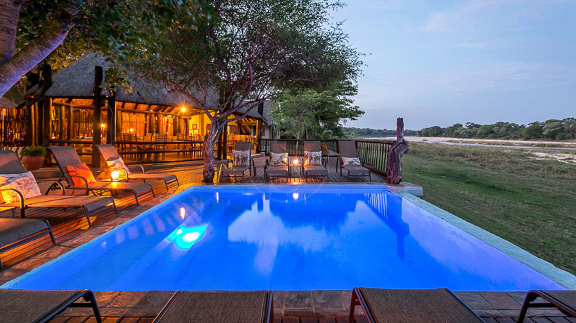 Umkumbe Safari Lodge, Umkumbe Safari Lodge à Sabi Sand, Afrique du Sud © Em Gatland
