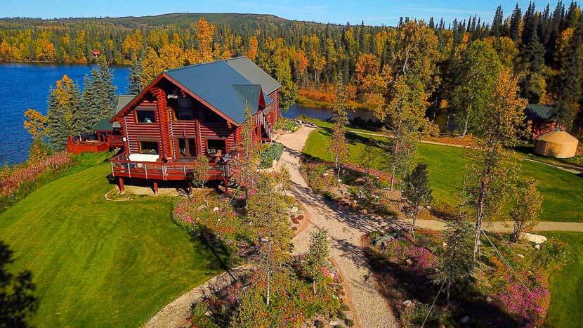 Tordrillo Mountain Lodge, Tordrillo Mountain Lodge, Alaska © TML