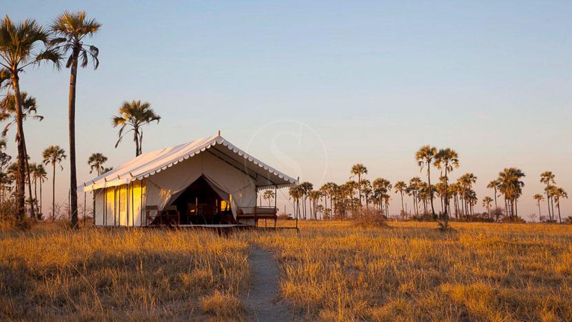 San Camp , San Camp, Botswana © David Crookes