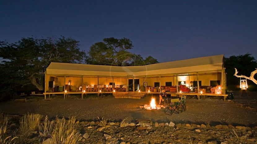 Desert Rhino Camp, Desert Rhino Camp, Namibie © Martin Benadie