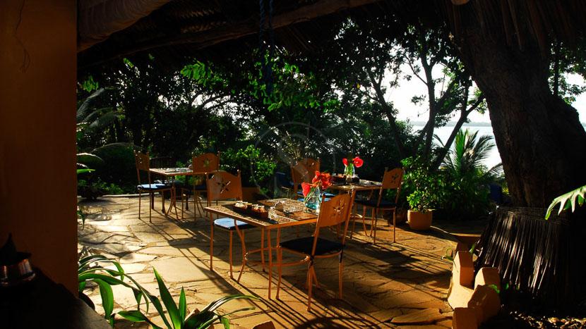 Kinasi Lodge,