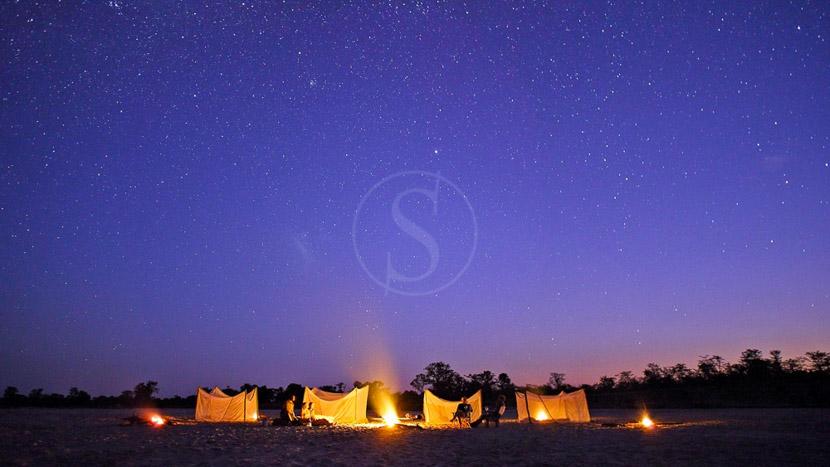 Nuit sous les étoiles au Kakuli Camp, Kakuli Camp Nuit, Zambie