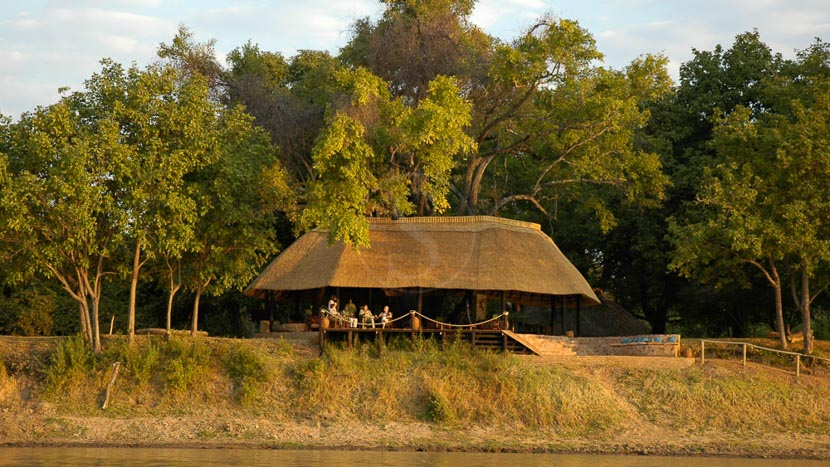 Nkwali Camp, Nkwali, Zambie © Robin Pope Safaris