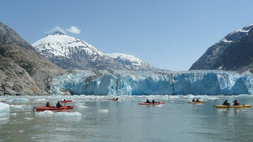 Parc national de Glacier Bay, Kayak vers le glacier Dawes, Alaska