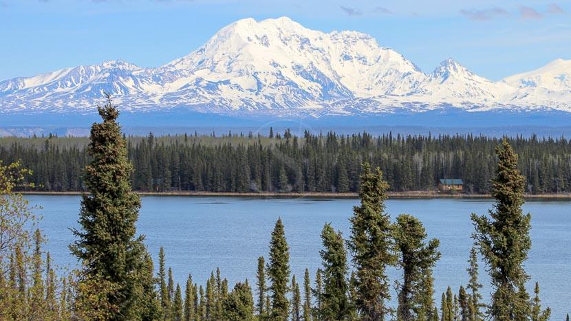 Parc national de Wrangell–Saint-Elias, Mont Sanford depuis le Lac Willow - Wrangell, Alaska