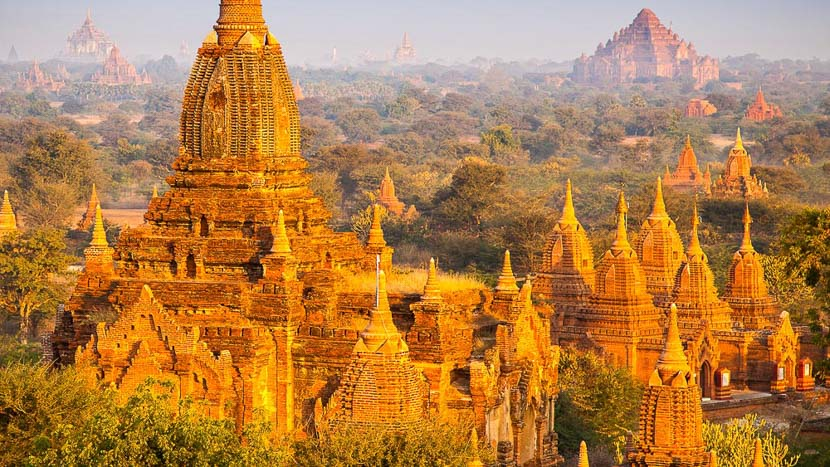 Bagan, Anciens temples à Bagan, Birmanie © Shutterstock