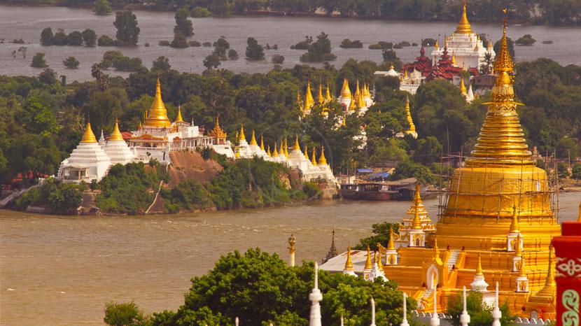 Mandalay, Très belle vue depuis Sagaing, Mandalay, Myanmar