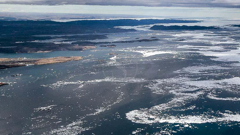 Iqaluit et la baie de Baffin, Iqaluit, Canada
