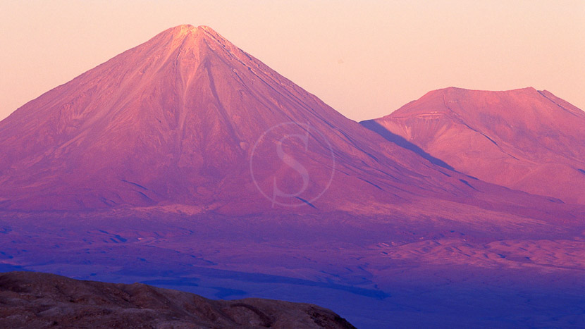Salar d'Atacama, Fin de journée sur le Licancabour, Chili